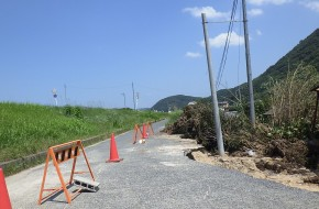 【平成30年7月西日本豪雨】芦田川中流域内 道路陥没 応急処理
